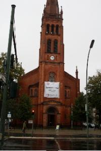 """""""Der Betten ihr begehrt"""" – Sommerabschied und Herbstsegen. Mit Pastor Holger Sieweck, Evang.-methodistische Kirche, am Donnerstag, 4. November 2010, 19.30 Uhr, in der Zwölf-Apostel-Kirche Schöneberg."""