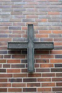 Sammelaktion: EIn Vortragekreuz für das Rogate-Kloster.
