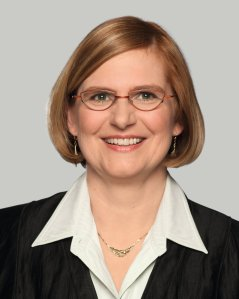 Bezirksbürgermeisterin Angelika Schöttler
