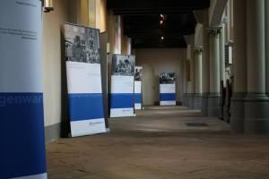"""2015: Fotoausstellung """"Gepflegt in der Gegenwart"""""""