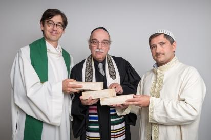 _DSC9582-HoO Geistliche mit Ziegelstin (C) KlemensRennder_web